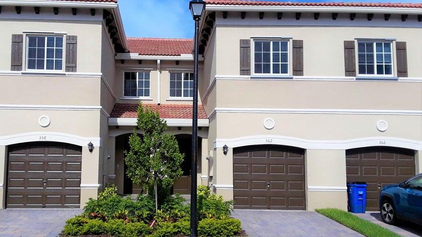 362 SE 1st Drive, Deerfield Beach, FL 33441