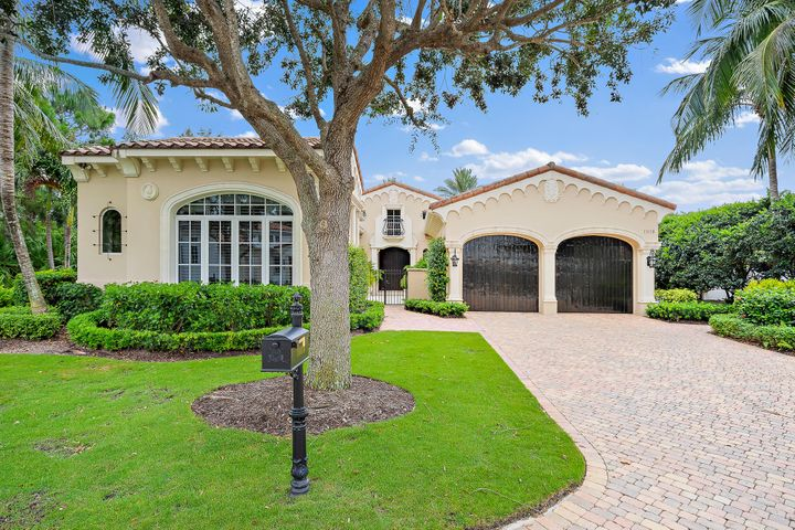 11118 Green Bayberry Drive, Palm Beach Gardens, FL 33418