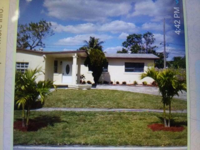 4801 NW 12 Street, Lauderhill, FL 33313