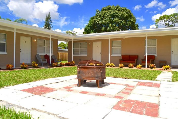 4821 Vermont Avenue, Lake Worth, FL 33461