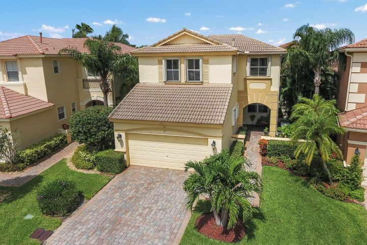 251 Isle Verde Way, Palm Beach Gardens, FL 33418