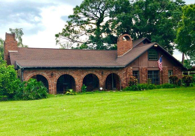 8455 W Angle Road, Fort Pierce, FL 34947