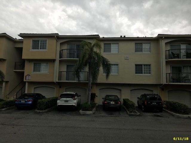 600 Crestwood Court N 616, Royal Palm Beach, FL 33411