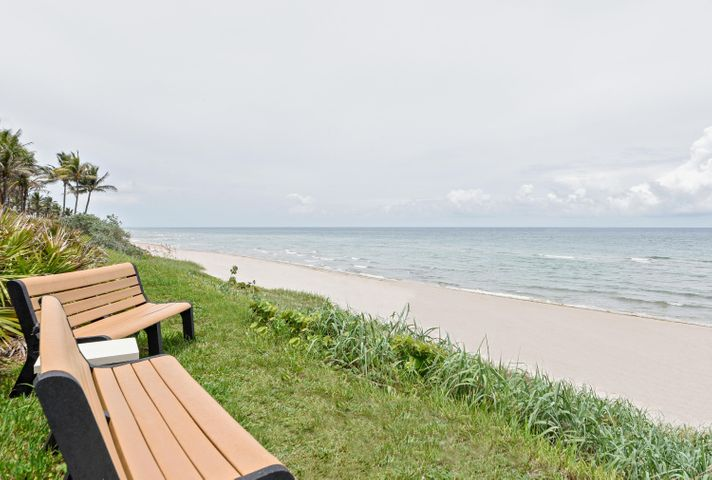 1155 Hillsboro Mile 107, Hillsboro Beach, FL 33062