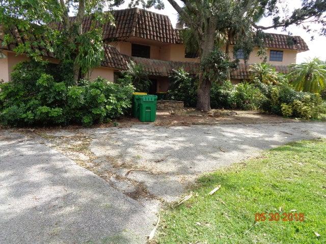 12021 NW 4th Street, Plantation, FL 33325