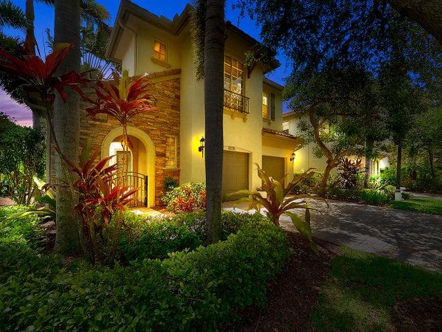 1035 Vintner Boulevard, Palm Beach Gardens, FL 33410