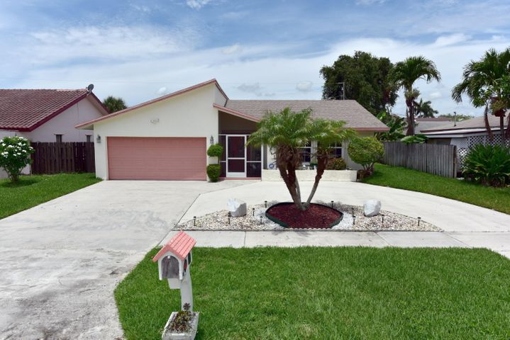 171 SW 32nd Avenue, Deerfield Beach, FL 33442
