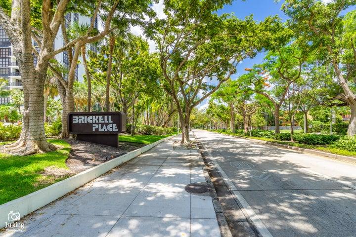 1901 Brickell Avenue Bphx, Miami, FL 33129