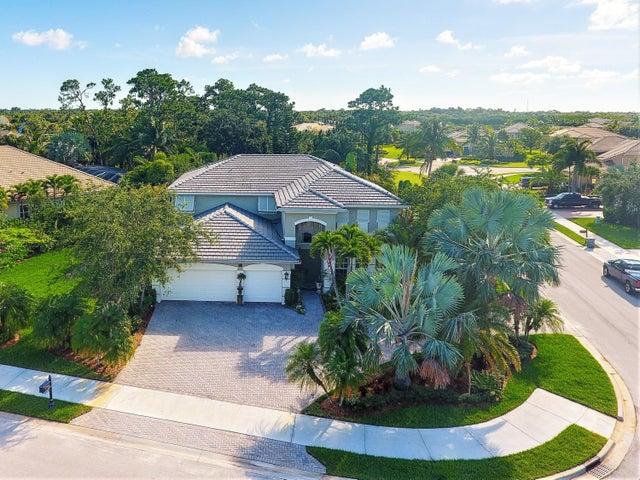 899 SW Lost River Shores Drive, Stuart, FL 34997