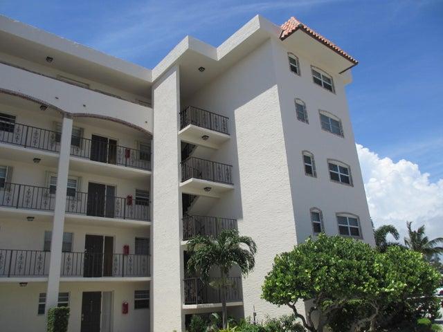29 Yacht Club Drive 107, North Palm Beach, FL 33408