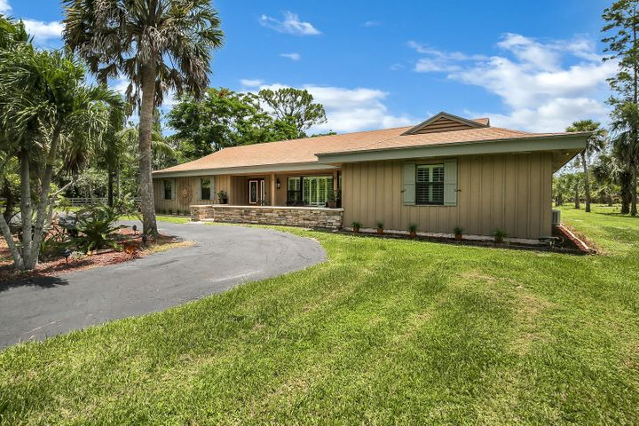 1464 Clydesdale Drive, Loxahatchee, FL 33470