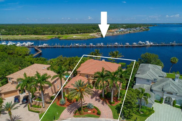 238 SW Palm Cove Drive, Palm City, FL 34990