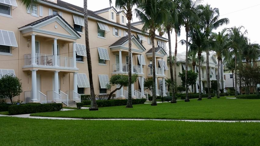 1554 Limetree Bay Avenue, Jupiter, FL 33458
