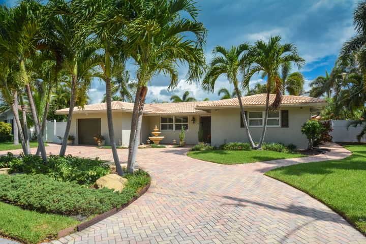 917 SE 11th Street, Deerfield Beach, FL 33441
