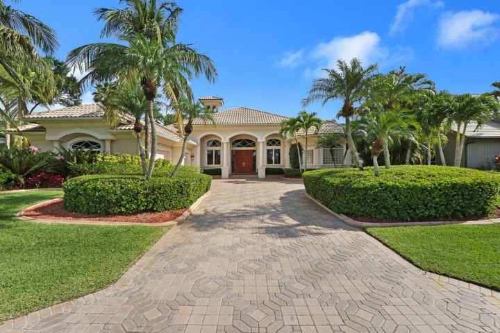 11 Wycliff Road, Palm Beach Gardens, FL 33418