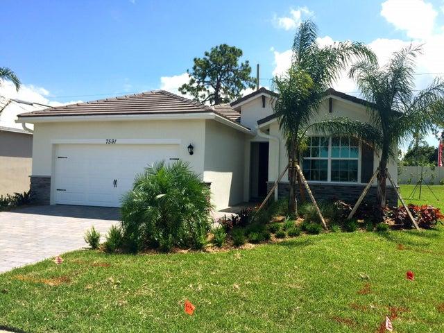 7591 SW Harbor Cove Drive, Stuart, FL 34997