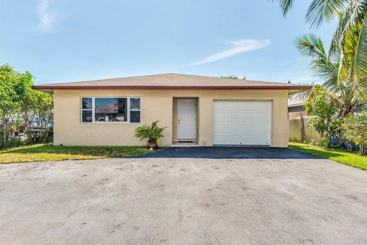 705 SW 6th Avenue, Delray Beach, FL 33444