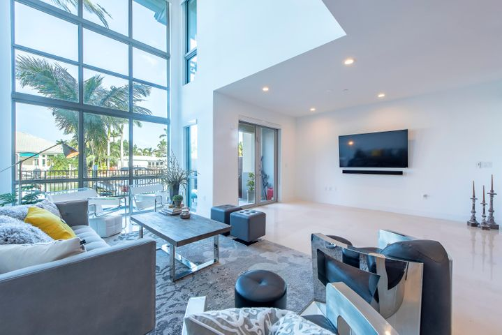 142 Isle Of Venice Drive, Fort Lauderdale, FL 33301