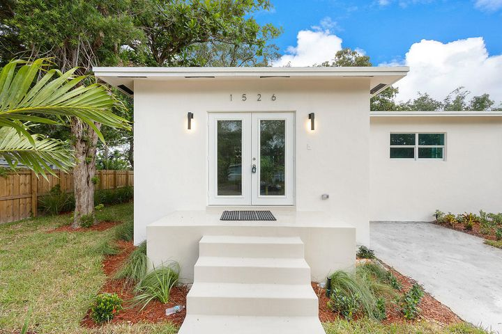 1526 SW 20 Avenue, Fort Lauderdale, FL 33312