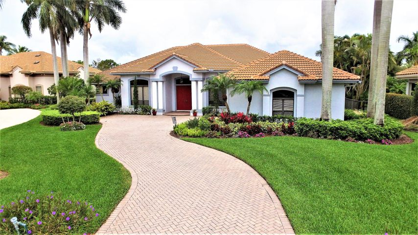 2533 Seminole Circle, West Palm Beach, FL 33409