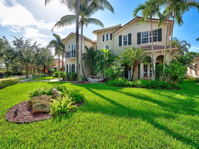 109 Villa Bella, Jupiter, FL 33458