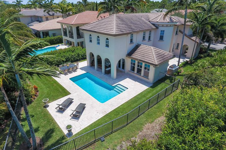 963 Mill Creek Drive, Palm Beach Gardens, FL 33410