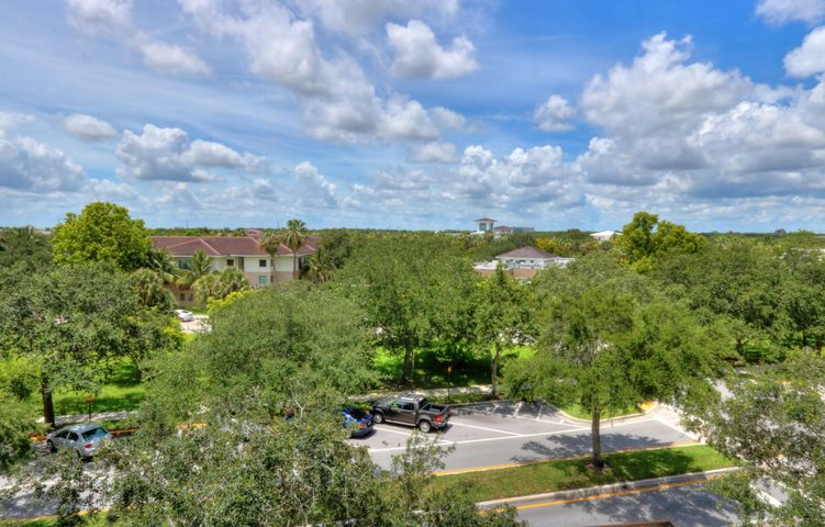 1200 Town Center Drive, 427, Jupiter, FL 33458