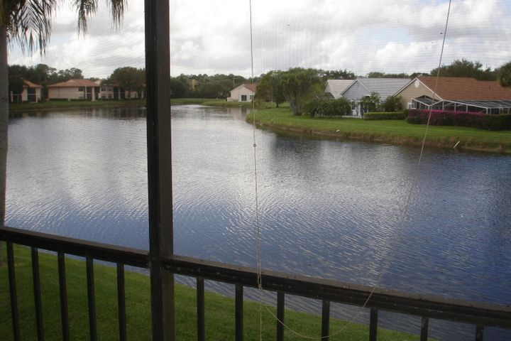 12911 Briarlake Drive, 202, Palm Beach Gardens, FL 33418