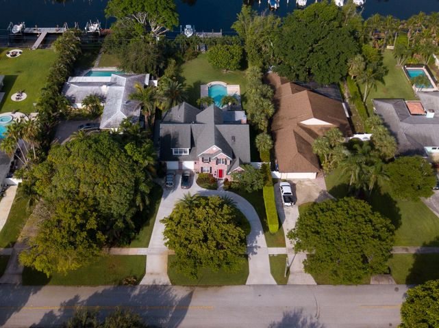 568 Anchorage Drive, North Palm Beach, FL 33408
