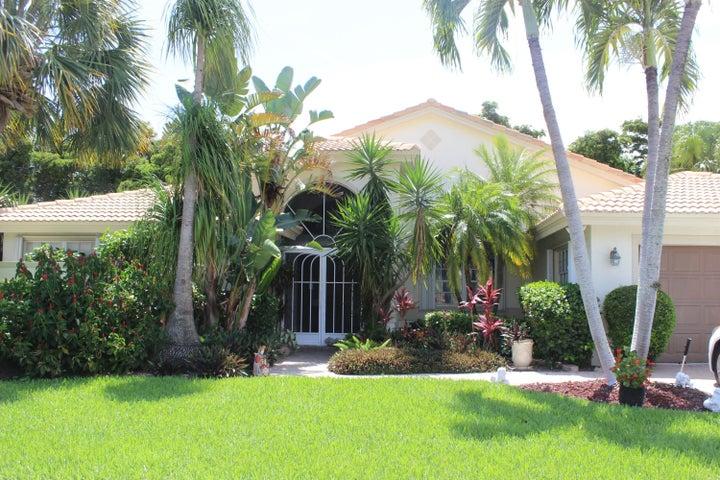 7458 Falls Road W, Boynton Beach, FL 33437