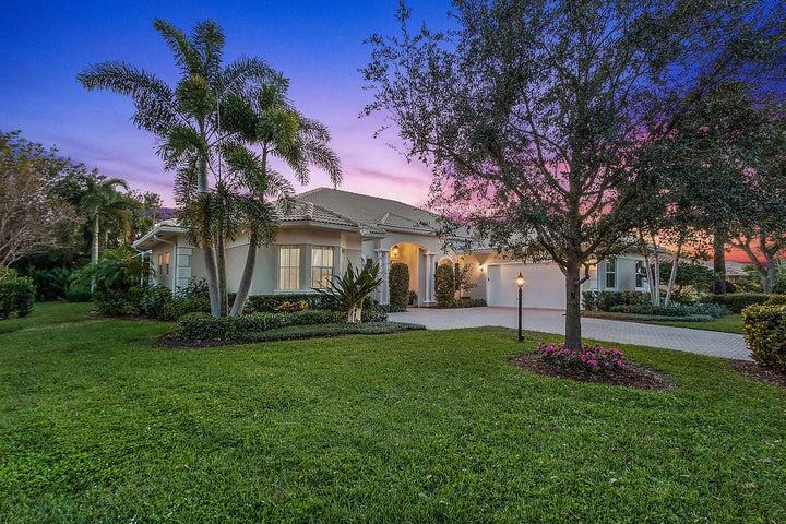 4398 Pine Tree Drive, Boynton Beach, FL 33436