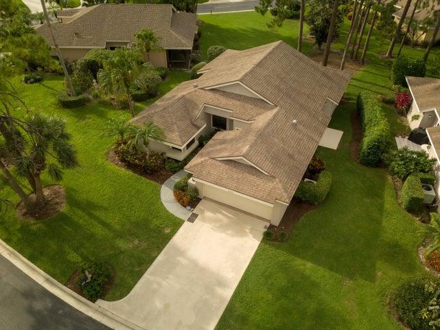 6841 Touchstone Circle, Palm Beach Gardens, FL 33418