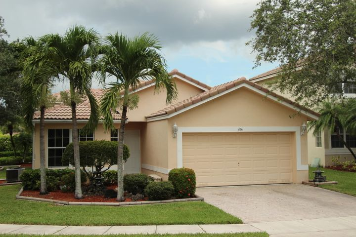 836 SW 117th Avenue SW, Pembroke Pines, FL 33025
