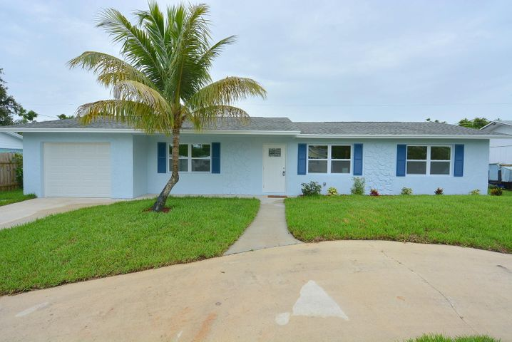 1904 NE 24th Street, Jensen Beach, FL 34957