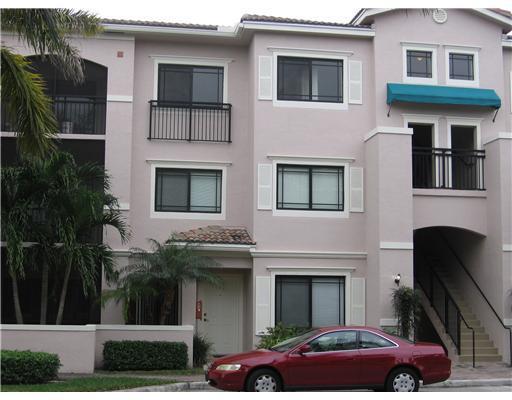 2803 Sarento Place, 301, Palm Beach Gardens, FL 33410