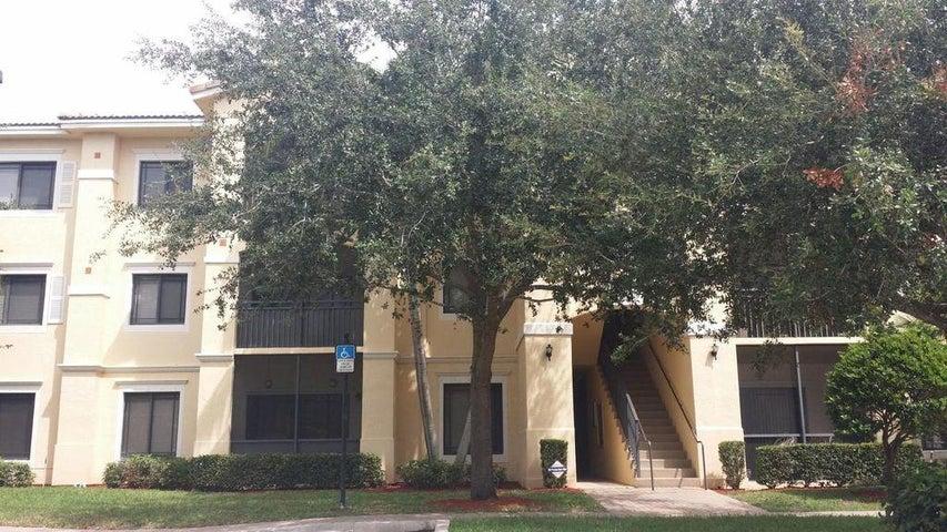 2804 Sarento Place, 201, Palm Beach Gardens, FL 33410