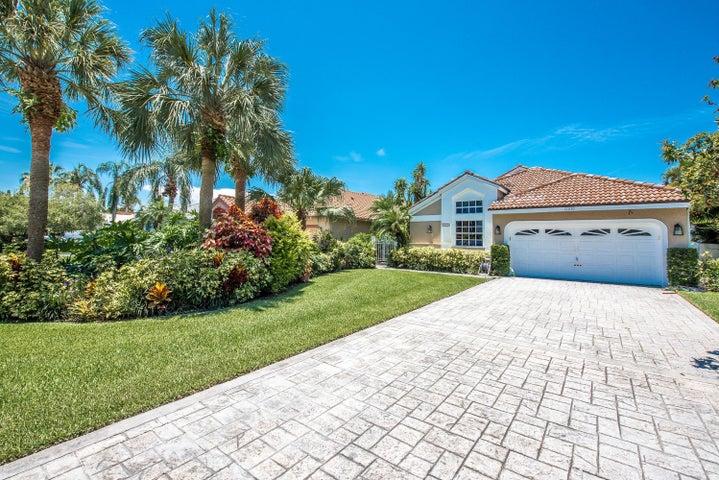 12830 Oak Knoll Drive, Palm Beach Gardens, FL 33418