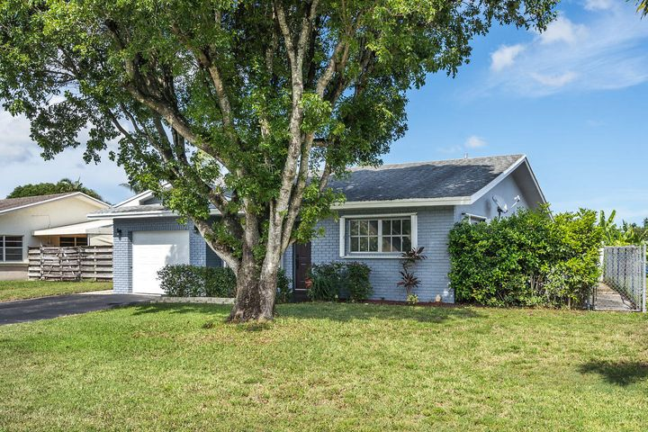6810 NW 34th Avenue, Fort Lauderdale, FL 33309