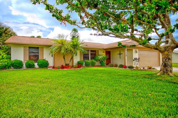 8139 Rose Marie Avenue W, Boynton Beach, FL 33472