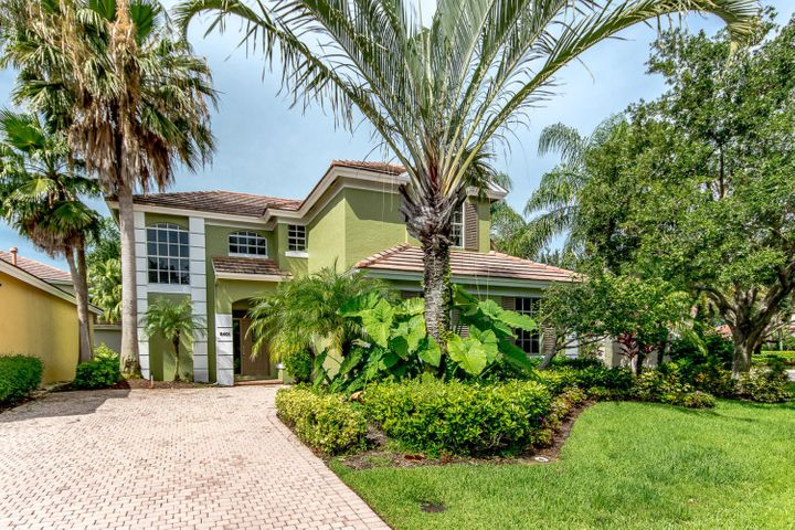 8401 Heritage Club Drive, West Palm Beach, FL 33412