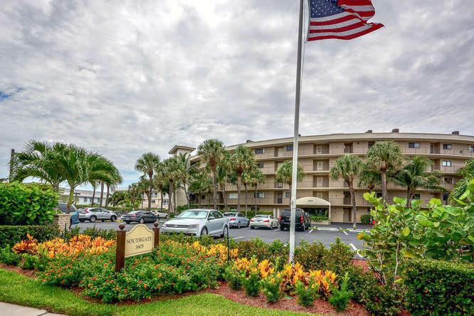 3605 S Ocean Boulevard 211, South Palm Beach, FL 33480