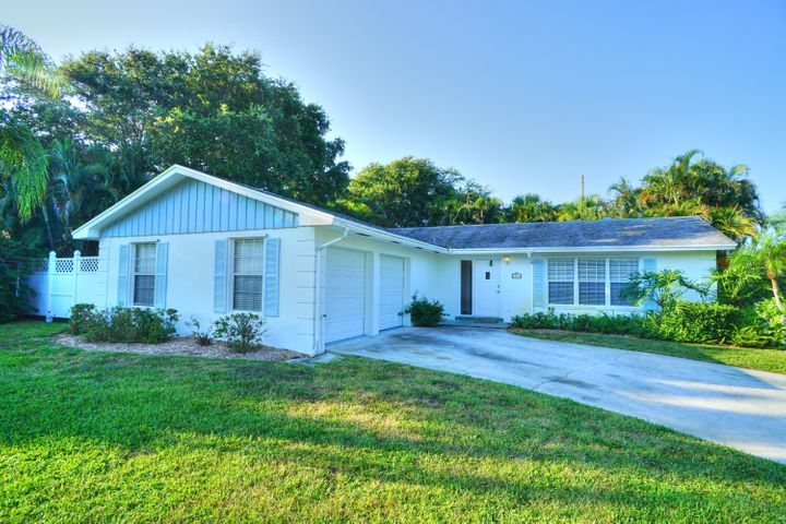 1586 Packwood Road, Juno Beach, FL 33408