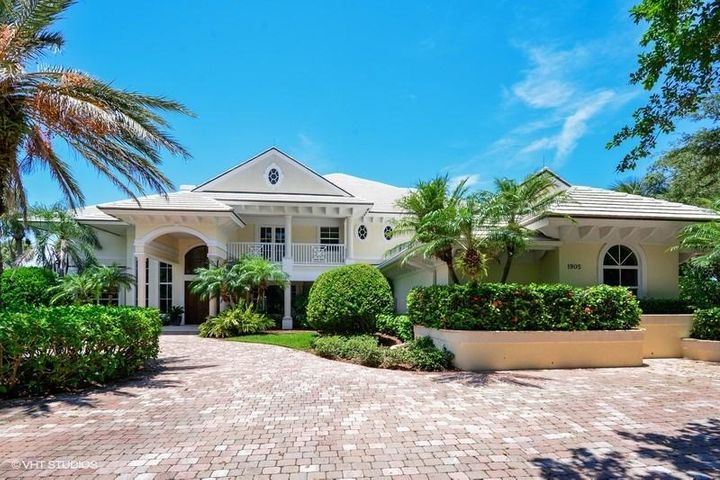 1905 Compass Cove Drive, Vero Beach, FL 32963