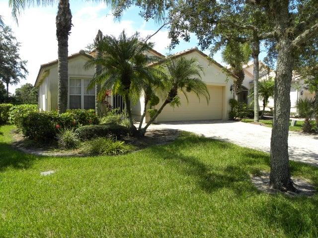 463 NW Lismore Lane, Port Saint Lucie, FL 34986