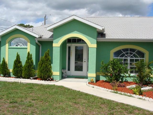 246 Ortiz Boulevard, North Port, FL 34287