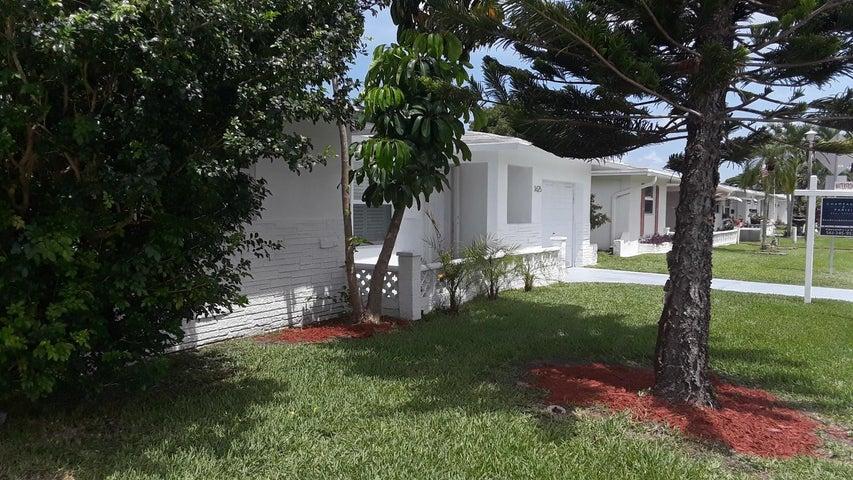 1625 NW 69th Avenue, Margate, FL 33063