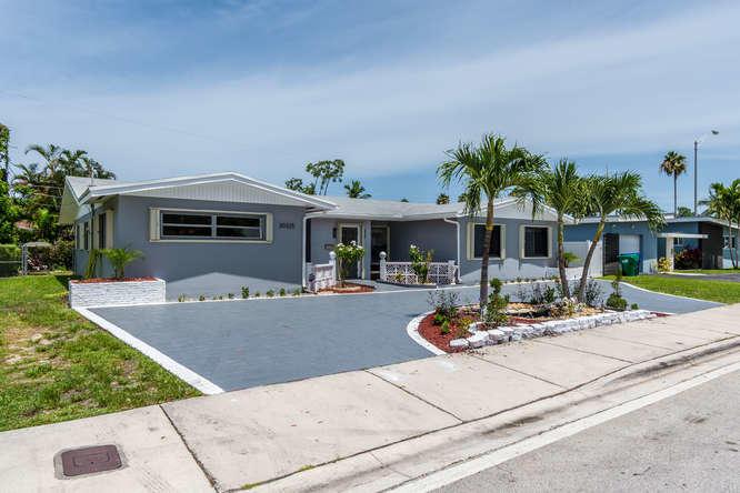 20325 Highland Lakes Boulevard, Miami, FL 33179