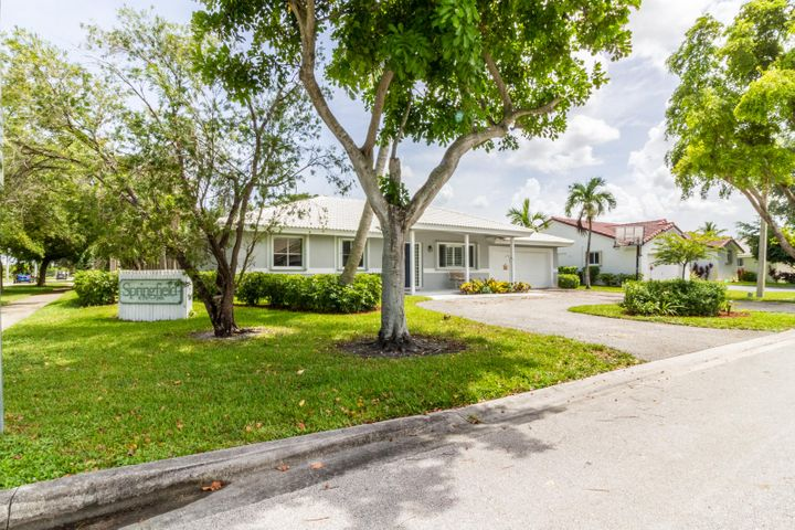 9863 NW 28th Court, Coral Springs, FL 33065