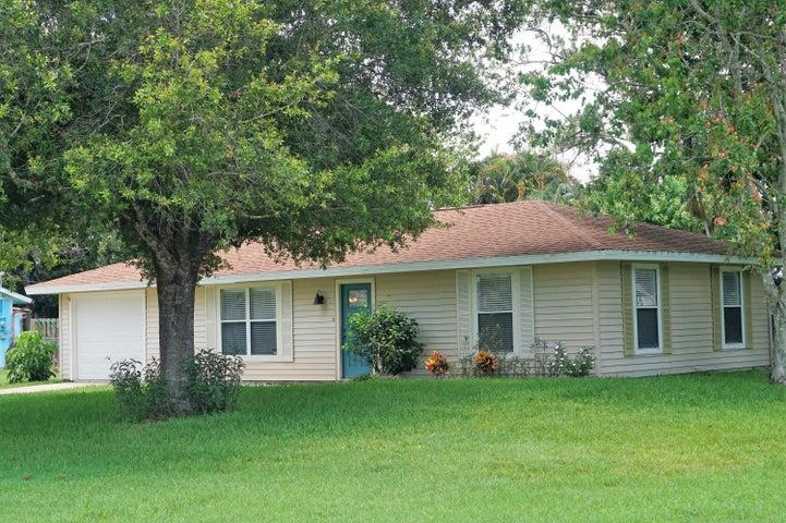 8502 Citrus Park Boulevard, Fort Pierce, FL 34951