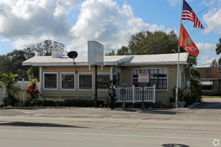 5807 Orange Avenue, Fort Pierce, FL 34947